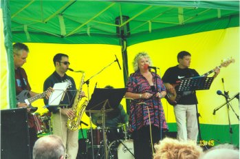 with Essex musicians Gil Holmes,Ross Lawson,Dave Sasse at outdoor Jazz Festival, Southend-on-Sea